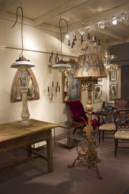 Antique Lighting and Chandelier showrooms are now finished - Main image