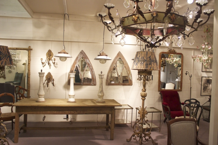 Antique Lighting and Chandelier showrooms are now finished - image 5