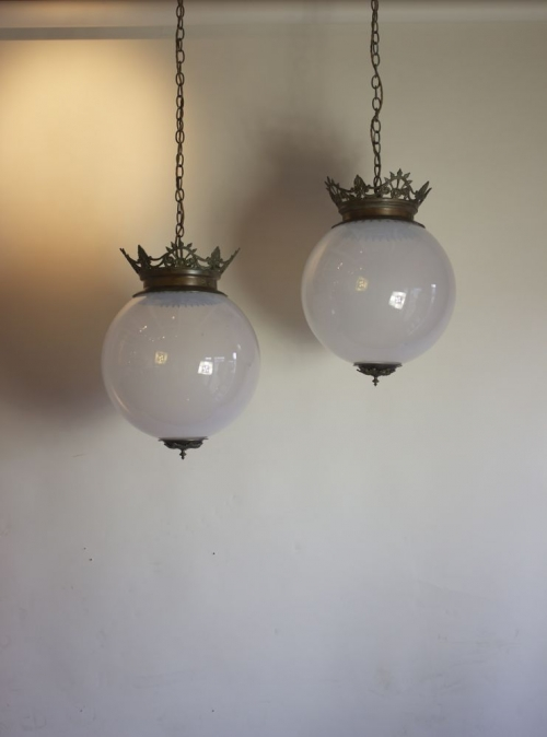 Antique lighting and Country House Furniture--- Easter opening times - image 9
