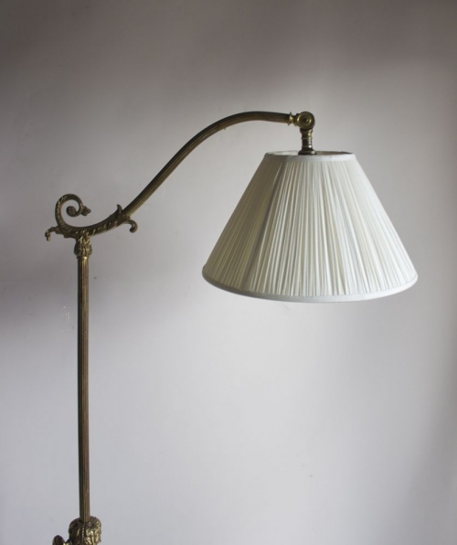 Antique reading lamps - image 10