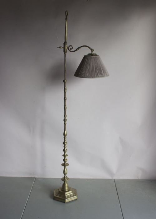 Antique reading lamps - image 6