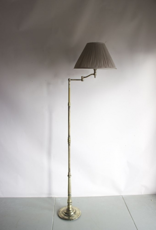 Antique reading lamps - image 7