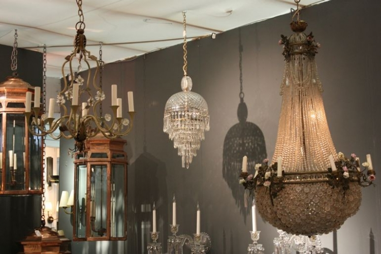 BATTERSEA DECORATIVE FAIR - preparations - Main image