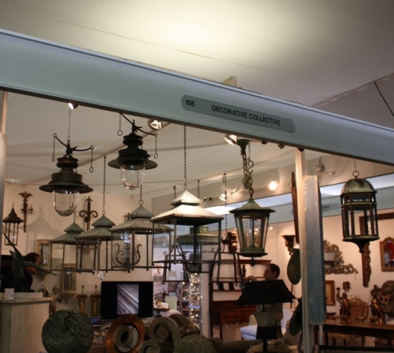 BATTERSEA DECORATIVE FAIR - preparations - image 3