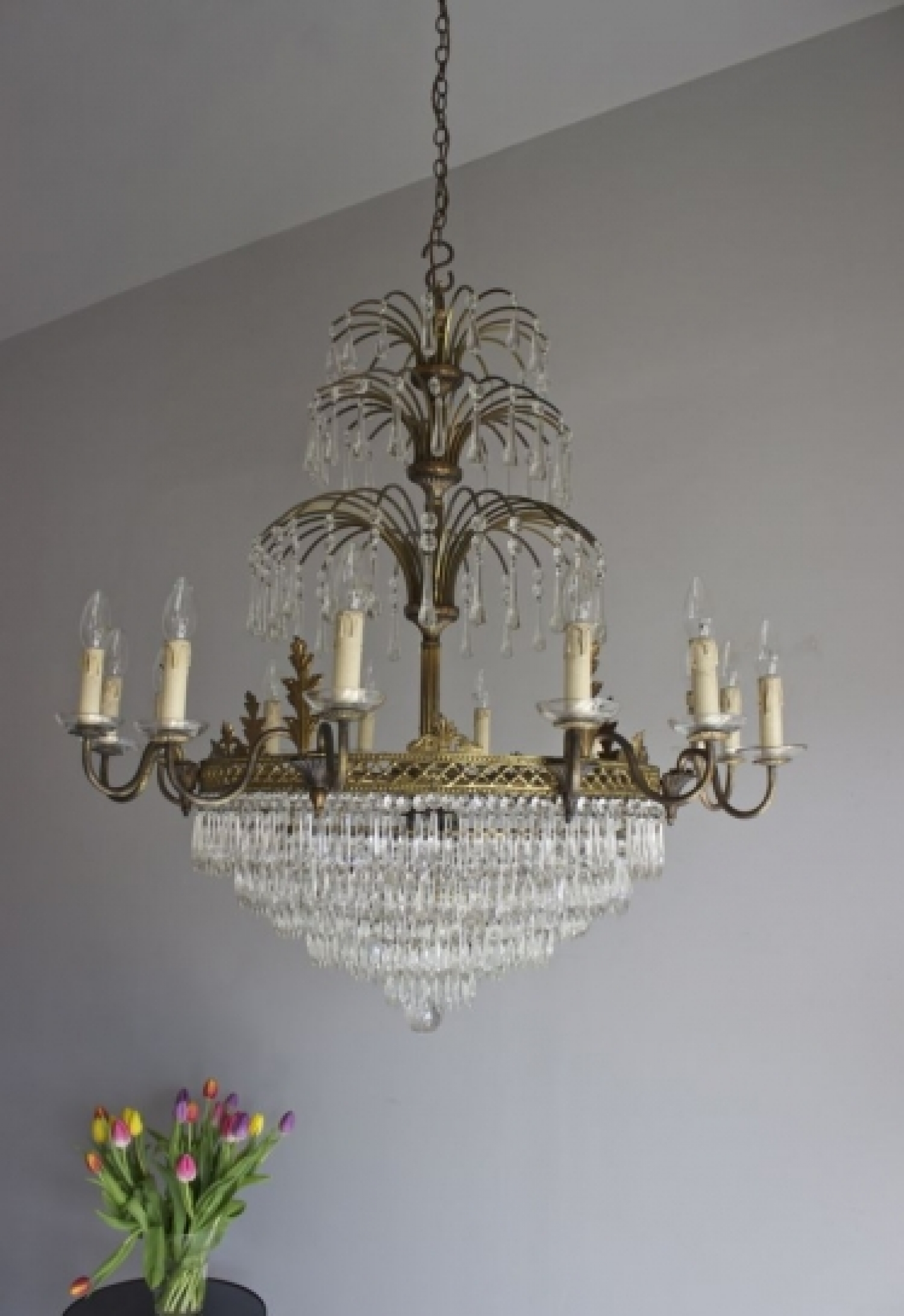 Large Antique Chandeliers - part of our Antique Lighting Range - image 5 - Large Antique Chandeliers - Part Of Our Antique Lighting Range