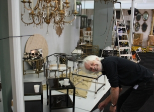 SETTING UP THE DECORATIVE FAIR