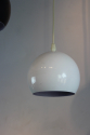 Set of 3 hanging lights in white and black - picture 2