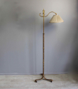 Spanish gilt metal  adjustable height floor lamp - picture 6